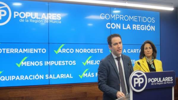 Teodoro García, en la rueda de prensa