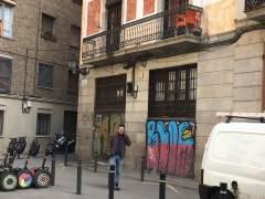Ocupan un almacén del Museu de Cera de Barcelona y denuncian que lo usan como narcopiso