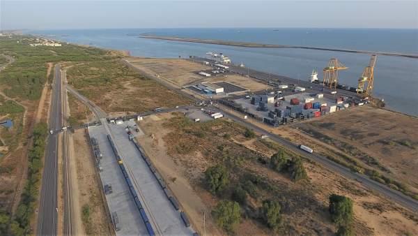 El puerto de Huelva.