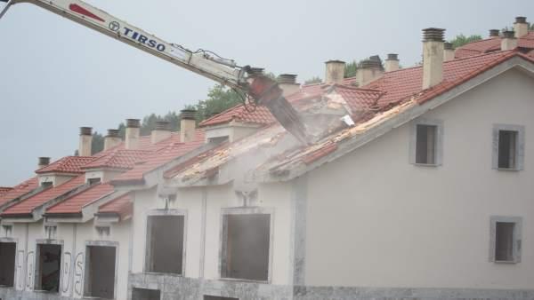 Derribo casas ilegales. Sentencias derribo y demolición de viviendas Cantabria
