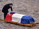 Emmanuel Macron durante la ceremonia en recuerdo a Arnaud Beltrame.