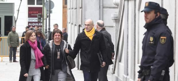 Carme Forcadell, Raül Romeva y Dolors Bassa llegan al Supremo