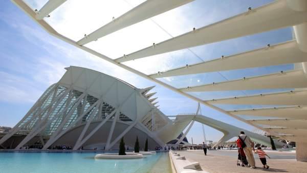 València aplega als 30ºC en un dia amb tota la regió per sobre de 20ºC
