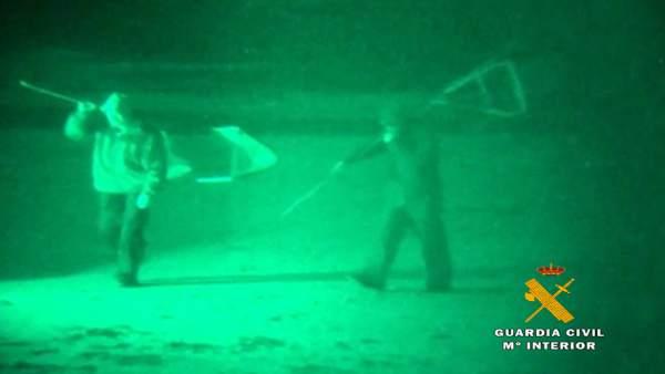 Rdo. Nota De Prensa Guardia Civil (22 Detenidos Por Pesca Futiva De La Angula En