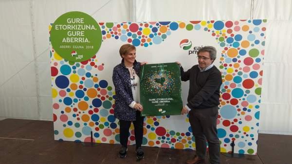 Itxaso Atutxa y Joseba Aurrekoetxea presentan el Aberri Eguna 2018