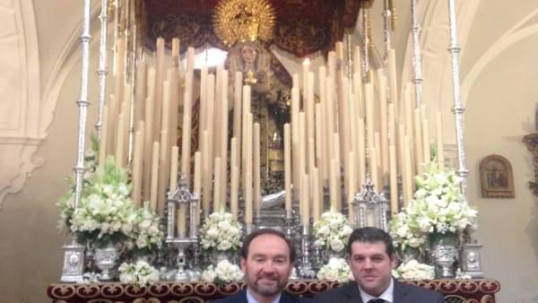 Ofrenda floral a la Hermandad de Los Judíos