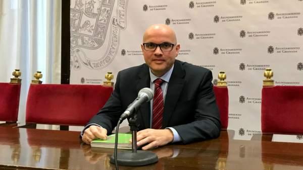 El portavoz de Cs en la Diputación de Granada, Raúl Fernández