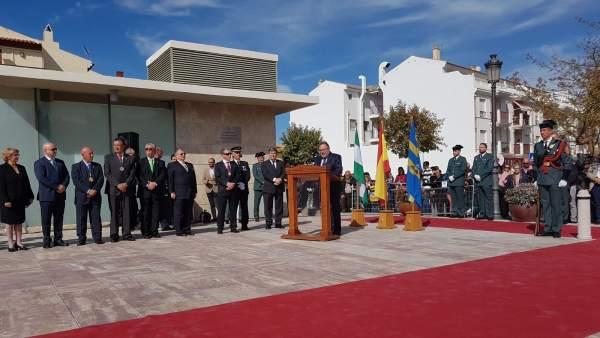 Inauguración monolito Guardia Civil en Alhaurín de la Torre