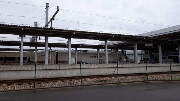 Tren en Gijón