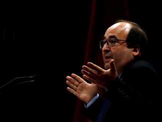 Miquel Iceta, primer secretario del PSC, durante una intervención en el Parlament.