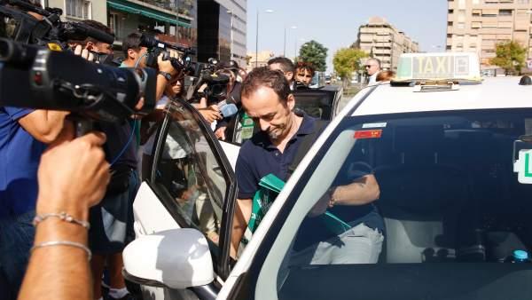 Francesco Arcuri, ex de Juana Rivas, a la llegada a los juzgados esta semana