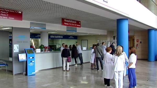 El Hospital de Alzira vuelve a ser público 20 años después
