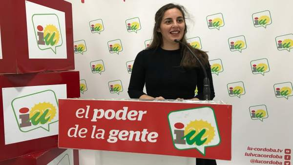 La coordinadora local de IU en Córdoba capital, María Liñán