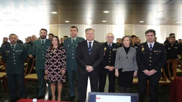 Primo Jurado (centro), en la inauguración del encuentro