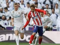 Sergio Ramos de penalti pone por delante al Real Madrid ante el Atleti