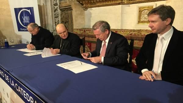 Forma del acuerdo RTVE y Fundación VIII Centenario 9-4-2018