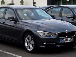 9.  BMW 320 (3,4% DE LOS ROBOS)