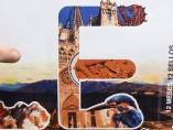 Correos ilustra por error en un sello de León la catedral de Burgos