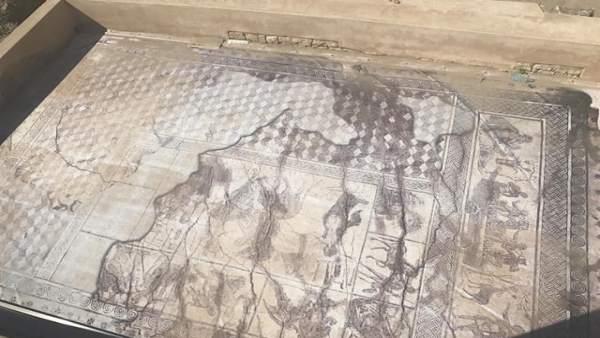 Mosaico de Los amores de Zeus