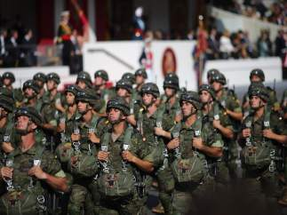 Desfile militar en el Día de la Hispanidad, el 12 de octubre