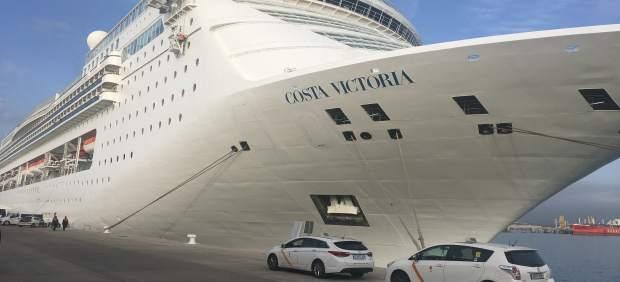 Costa Victoria en el Puerto de Tarragona