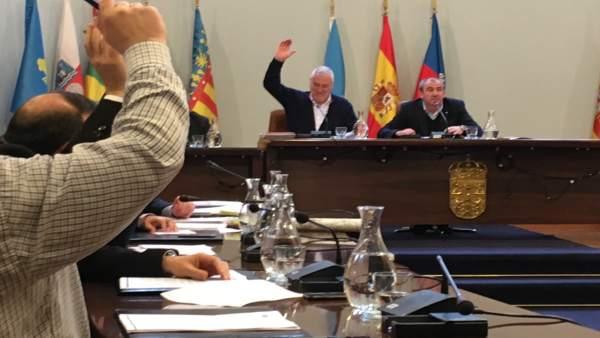 Manuel Martínez vota con el PP en la Diputación de Lugo