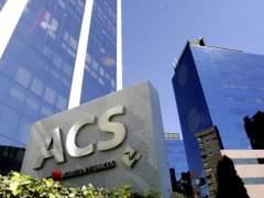 Greenpeace corta el agua a la sede de ACS en protesta por una obra en Guatemala