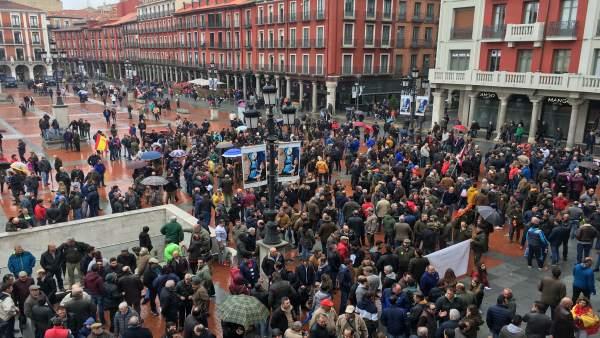 Valladolid.- Los cazadores se concentran en la Plaza Mayor