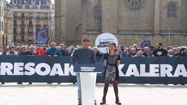 Los ex presos Aritz Arginzoniz y Sara Majarenas