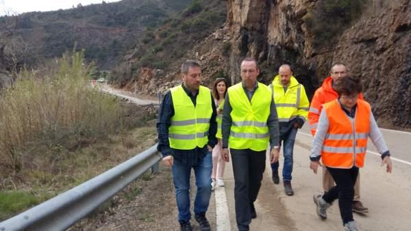José Luis Soro visita la carretera A-132.