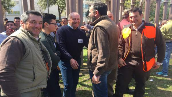 El PSOE defiende la caza por su dimensión 'social, económica y medioambiental'