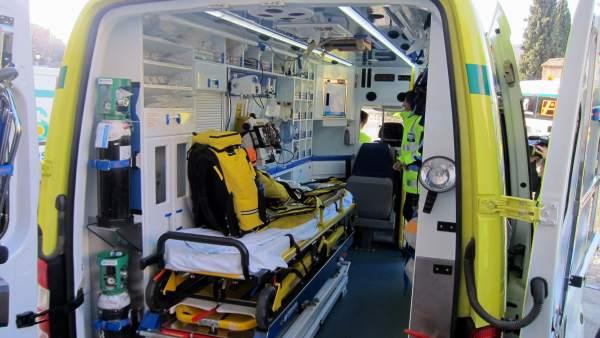 Ambulancia, sanidad, accidente, UVI movil