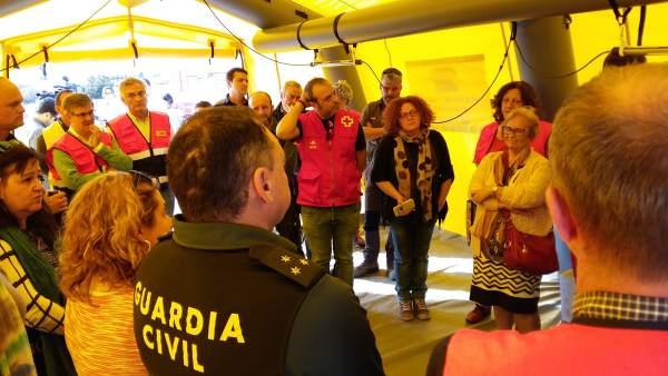 Reunión en el segundo puesto de mando avanzado en Pina de Ebro.