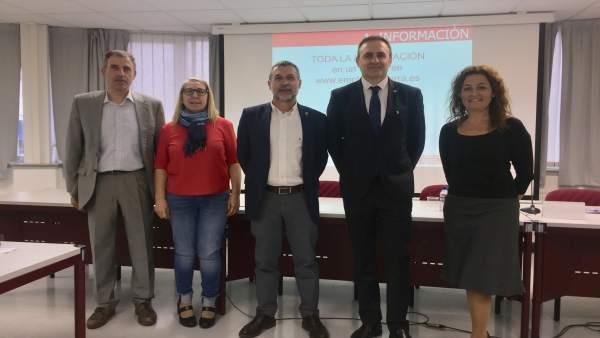 Encuentro de representantes del Gobierno con el Colegio de Graduados Sociales