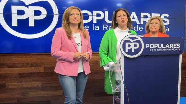 Ascensión Carreño y María Dolores Bolarín (PP)
