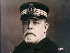 """""""Las palabras de Colau sobre el almirante Cervera prueban su grado de ignorancia"""""""