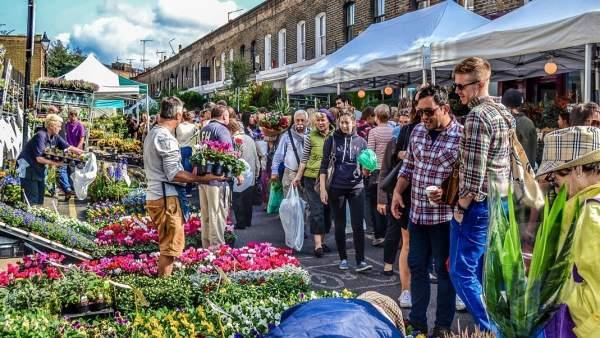 La Marina celebrarà l'arribada de la primavera amb un mercat de flors flotant
