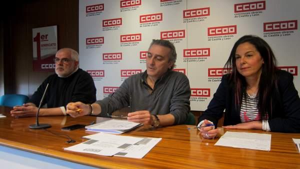 Responsables de CCOO, en rueda de prensa.