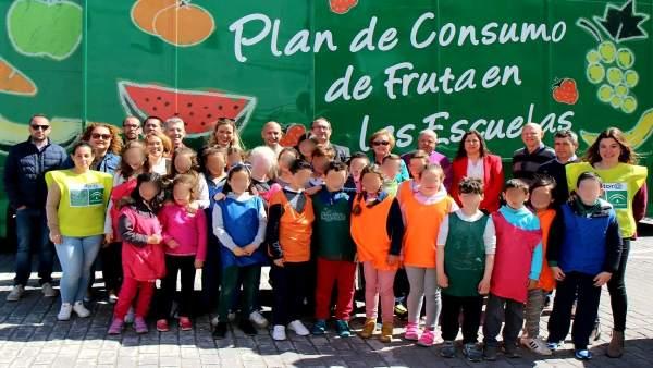 Frutibús Iznate niños colegios málaga