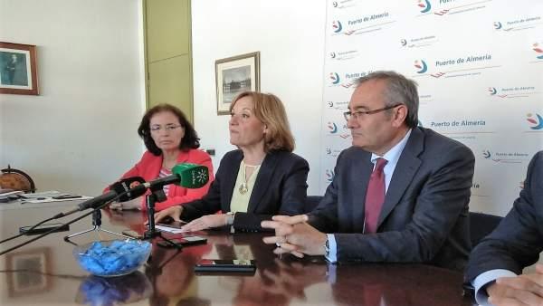 Carmen Ortiz (APA) y José Llorca, presidente de Puertos del Estado