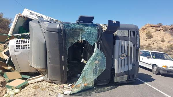 Accidente de tráfico de un camión