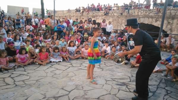 """La Ciutat dels Pallassos busca batre el """"rècord"""" i fer riure a 10.000 persones"""