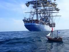 El barco pirata de Playmobil de unos niños cruza el océano Atlántico