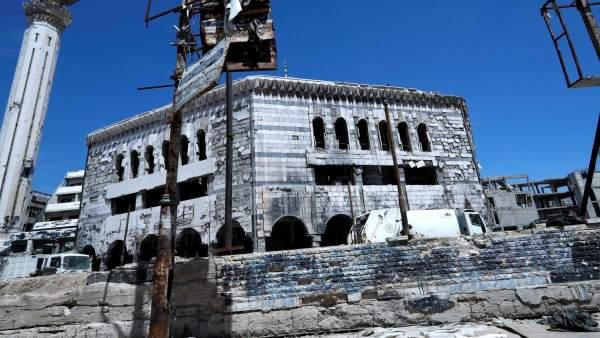La defensa antiaérea Siria derriba misiles en Homs