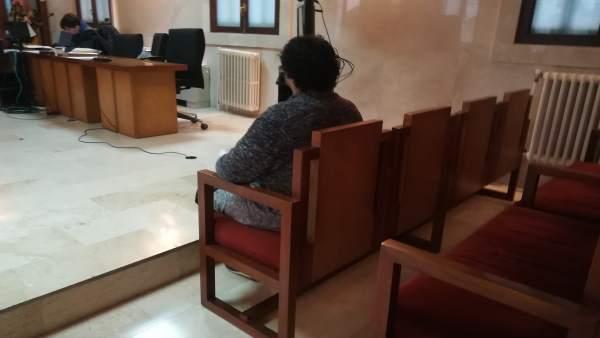 El acusado por proponer sexo a un menor, en el juicio en la Audiencia
