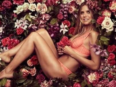 Heidi Klum posa con su lencería