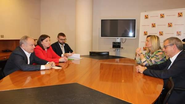 Miguel Gracia y Pilar Alegría se han reunido hoy en la DPH