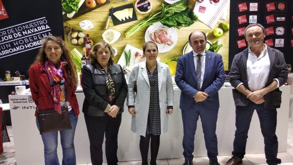 La presidenta navarra, Uxue Barkos, visita la feria Alimentaria de Barcelona