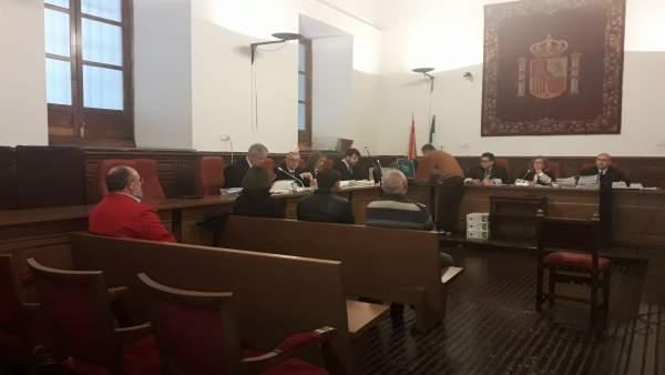 Juicio contra dos exalcaldes socialistas de La Tahá