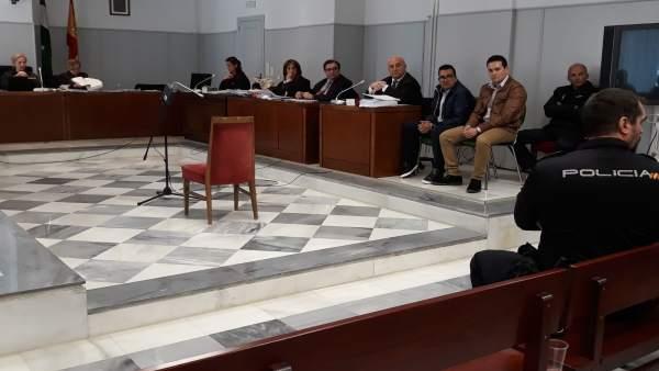 Juicio con jurado a dos hermanos acusados de asesinar a su tío en Albox